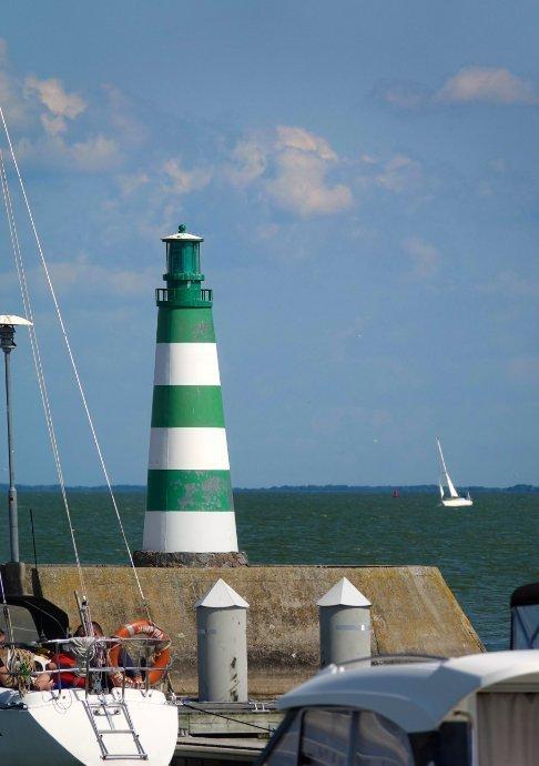 Leuchtturm an der Hafeneinfahrt