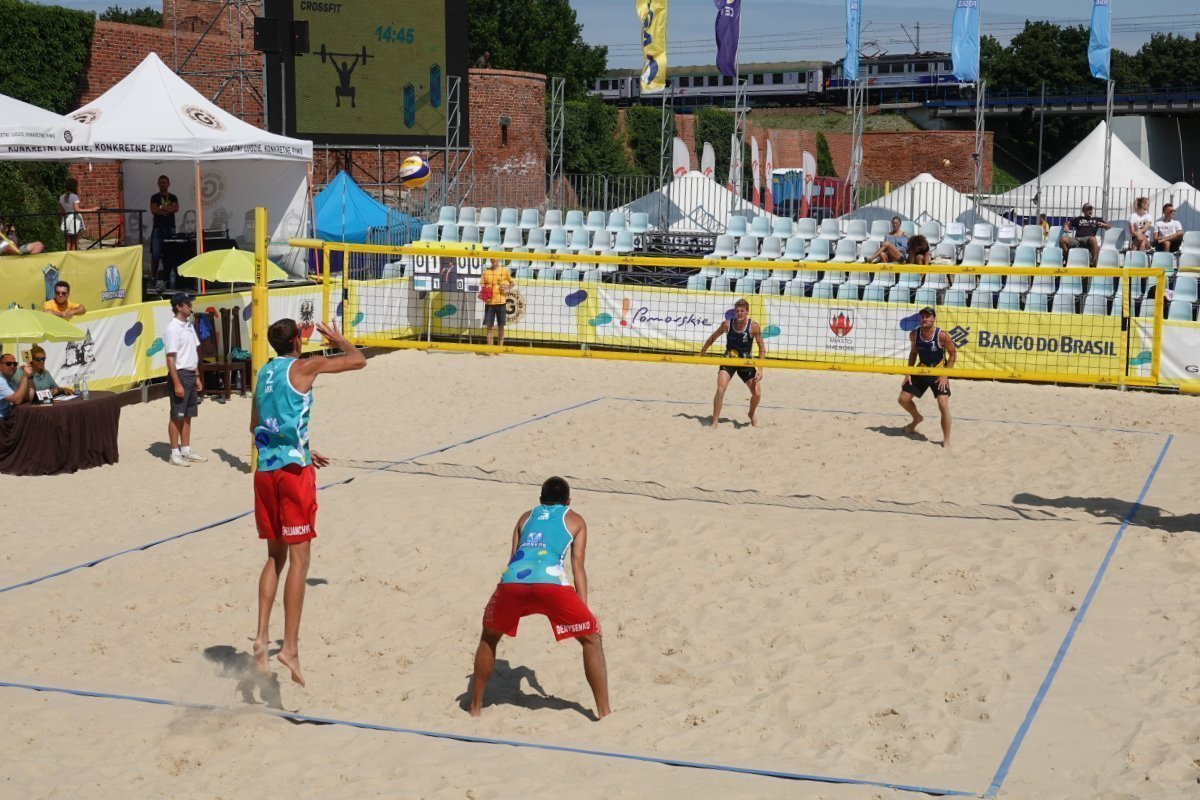 Profi Volleyballturnier neben der Marienburg