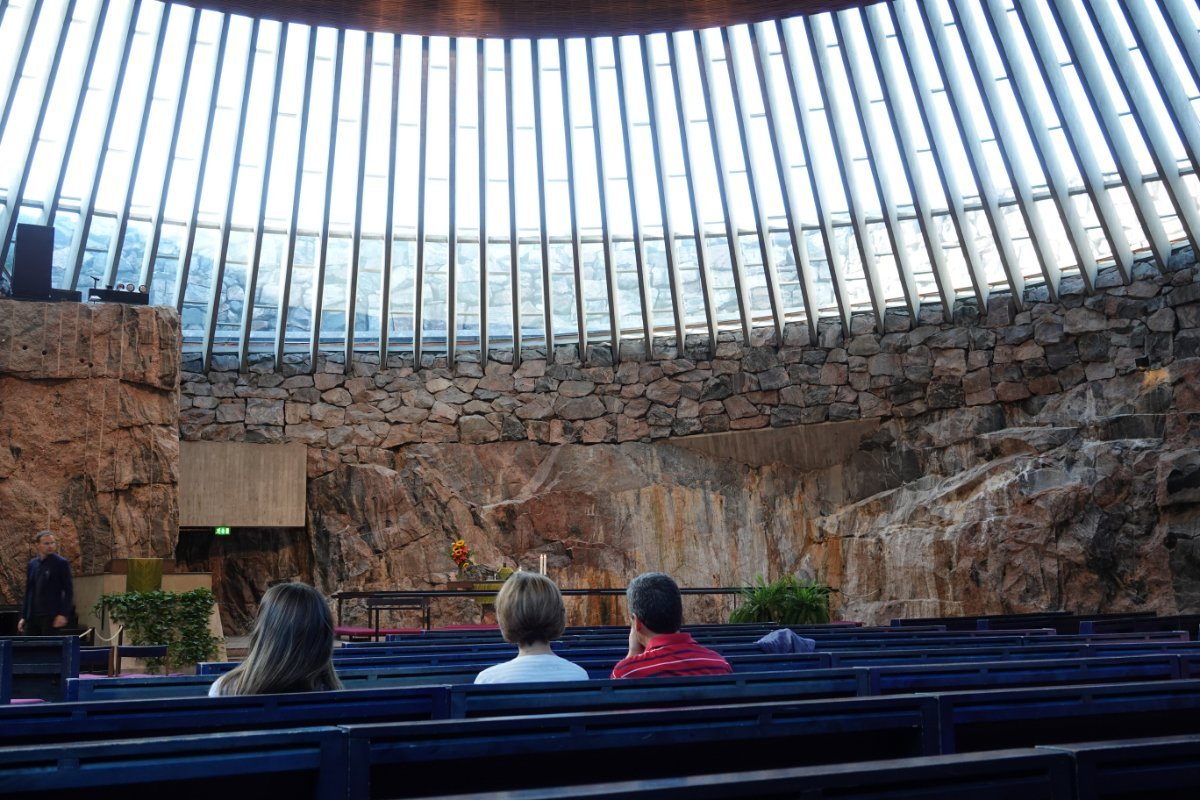 Innenraum der Felsenkirche