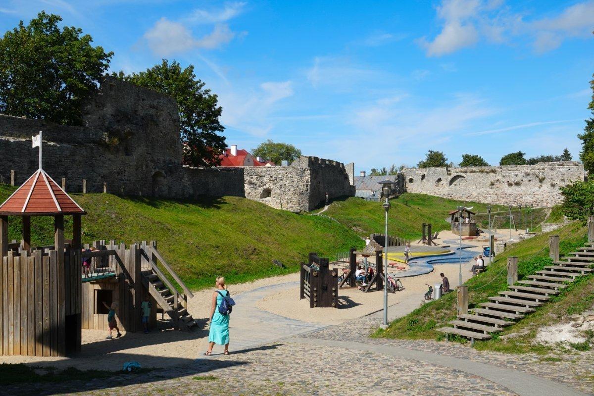 Kinderspielplatz auf dem Burggelände