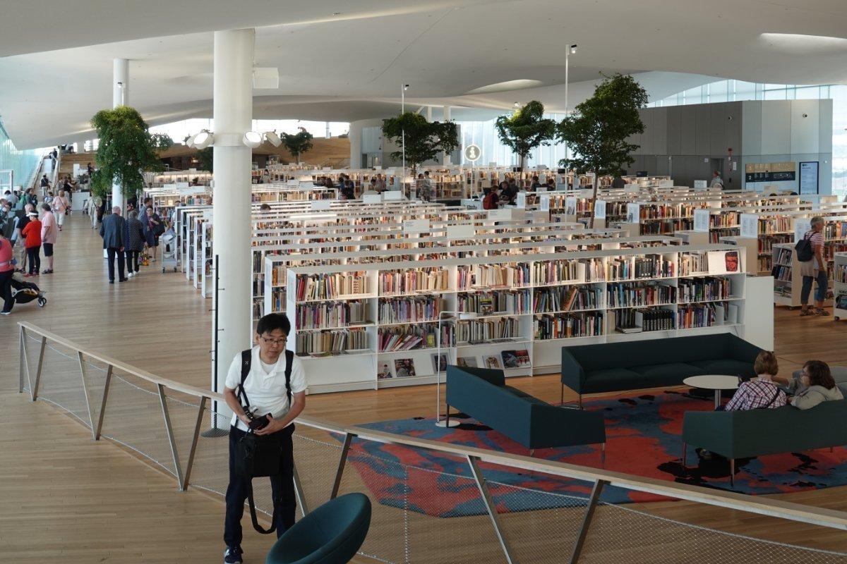 Großraum in der obersten Etage der Bibliothek