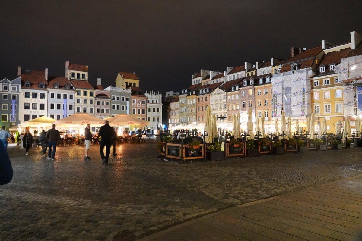 Altstadtmarkt am Abend