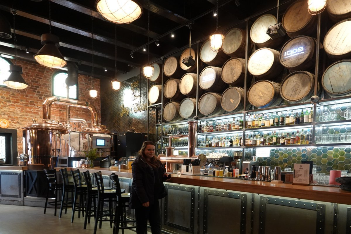 Die urige Bar in der Jan Olbrecht Brauerei