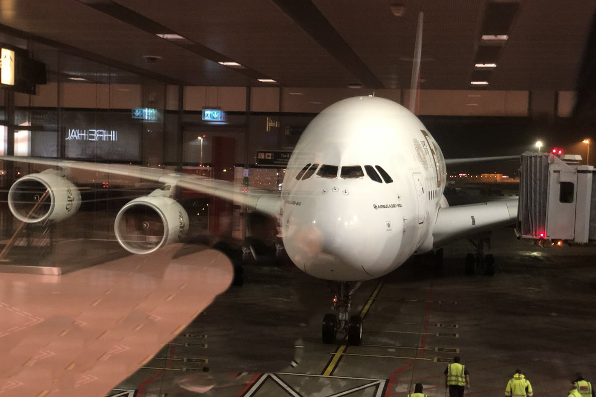Unser A380 am Gate in Hamburg