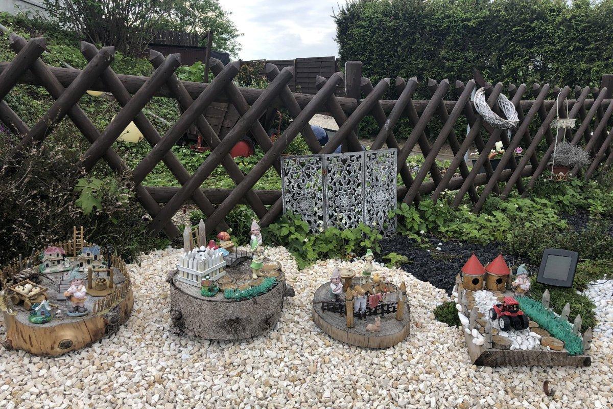 Weitere Kunstwerke im hinteren Garten