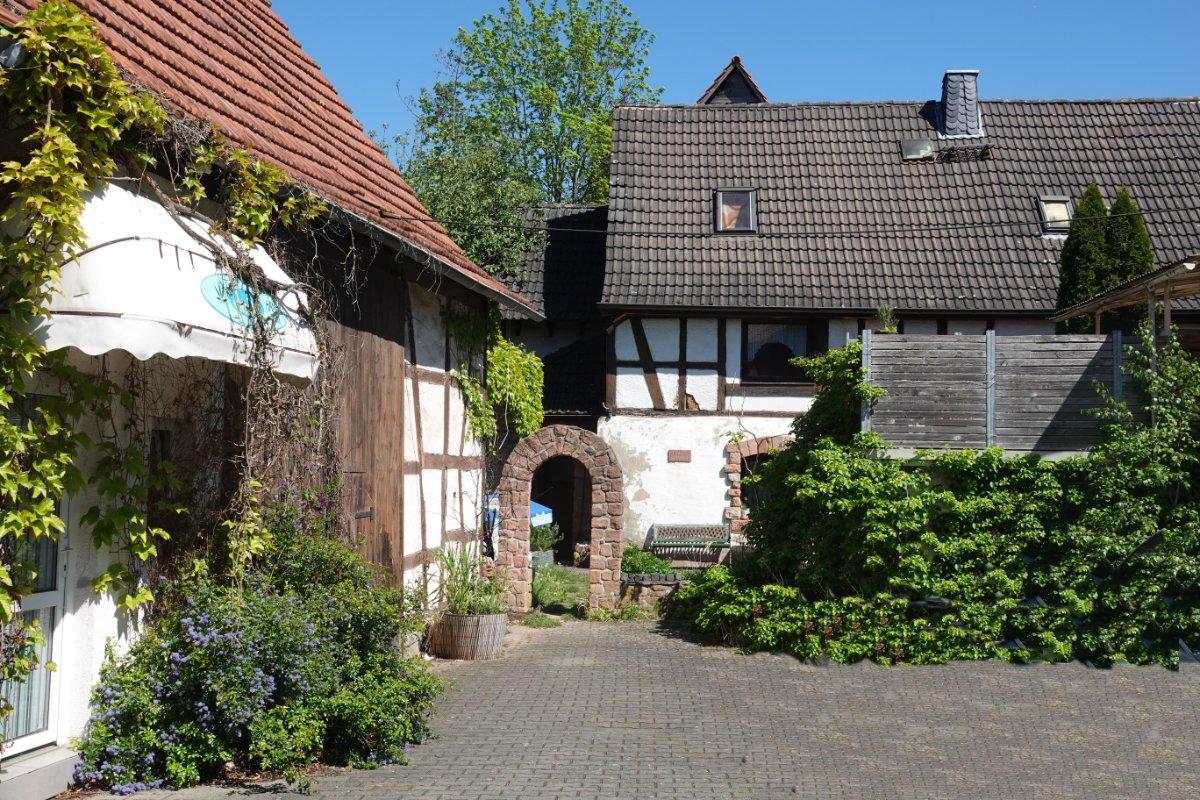 Rustikale Gebäude mitten in Schöllkrippen