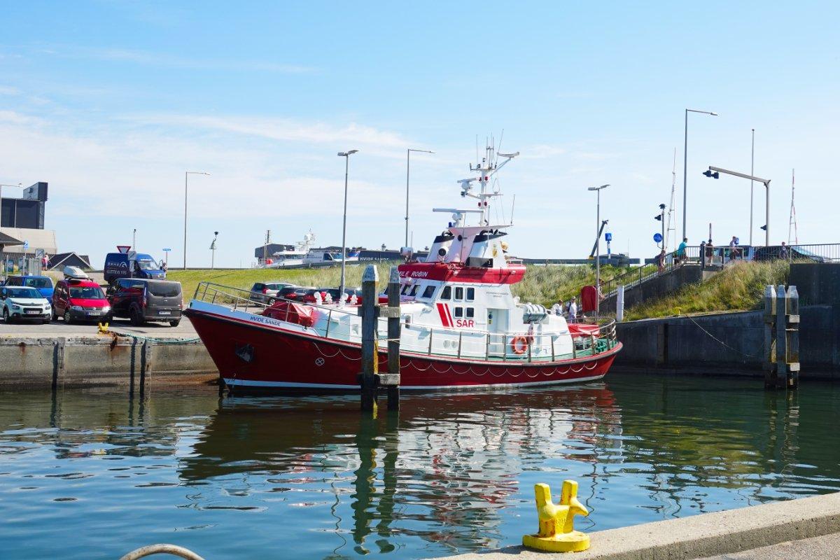 Seenotrettungskreuzer im Hafen von Hvide Sande