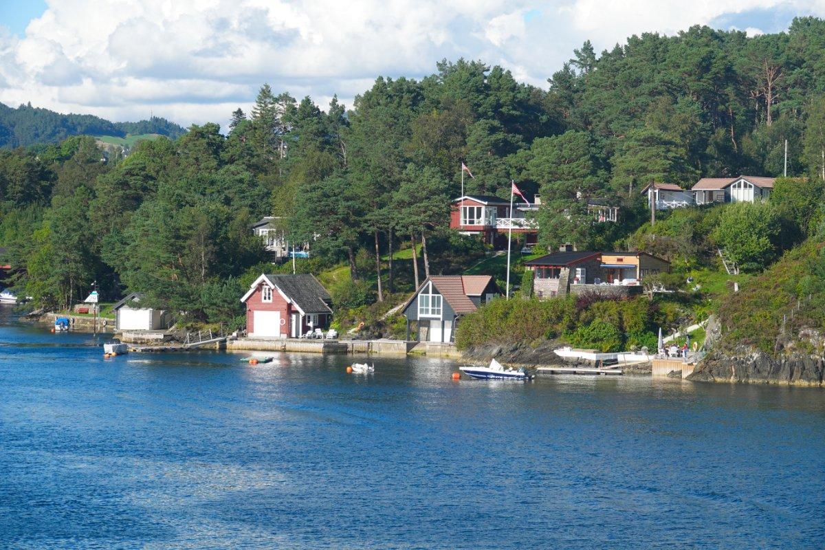 Ferienhäuser in der Nähe des Fährhafens Halhjelm