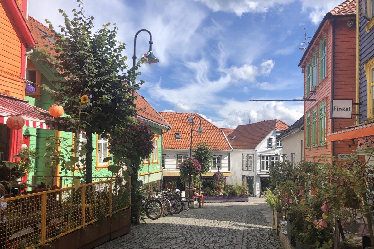 Historische Häuser in der Fußgängerzone