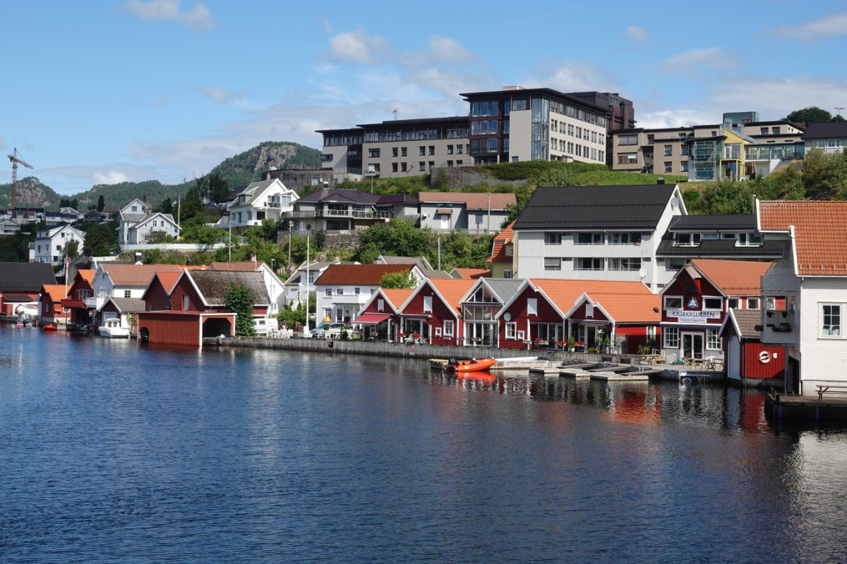 Privathäuser am Fjord