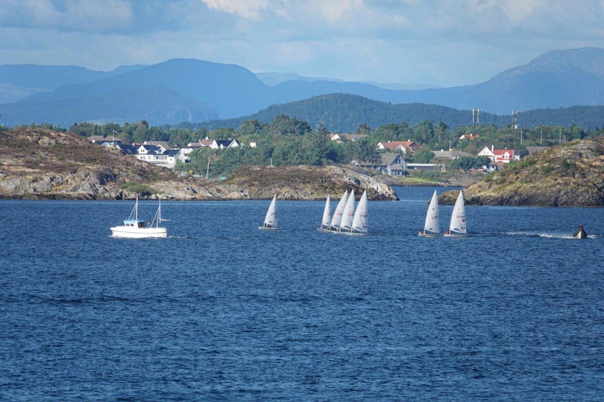 Segelregatta auf dem Roednefjord