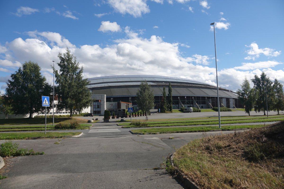 """Eisschnelllaufhalle """"Vikingskipet"""""""