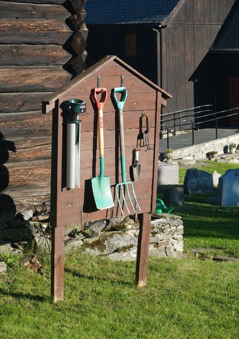 Friedhofswerkzeuge