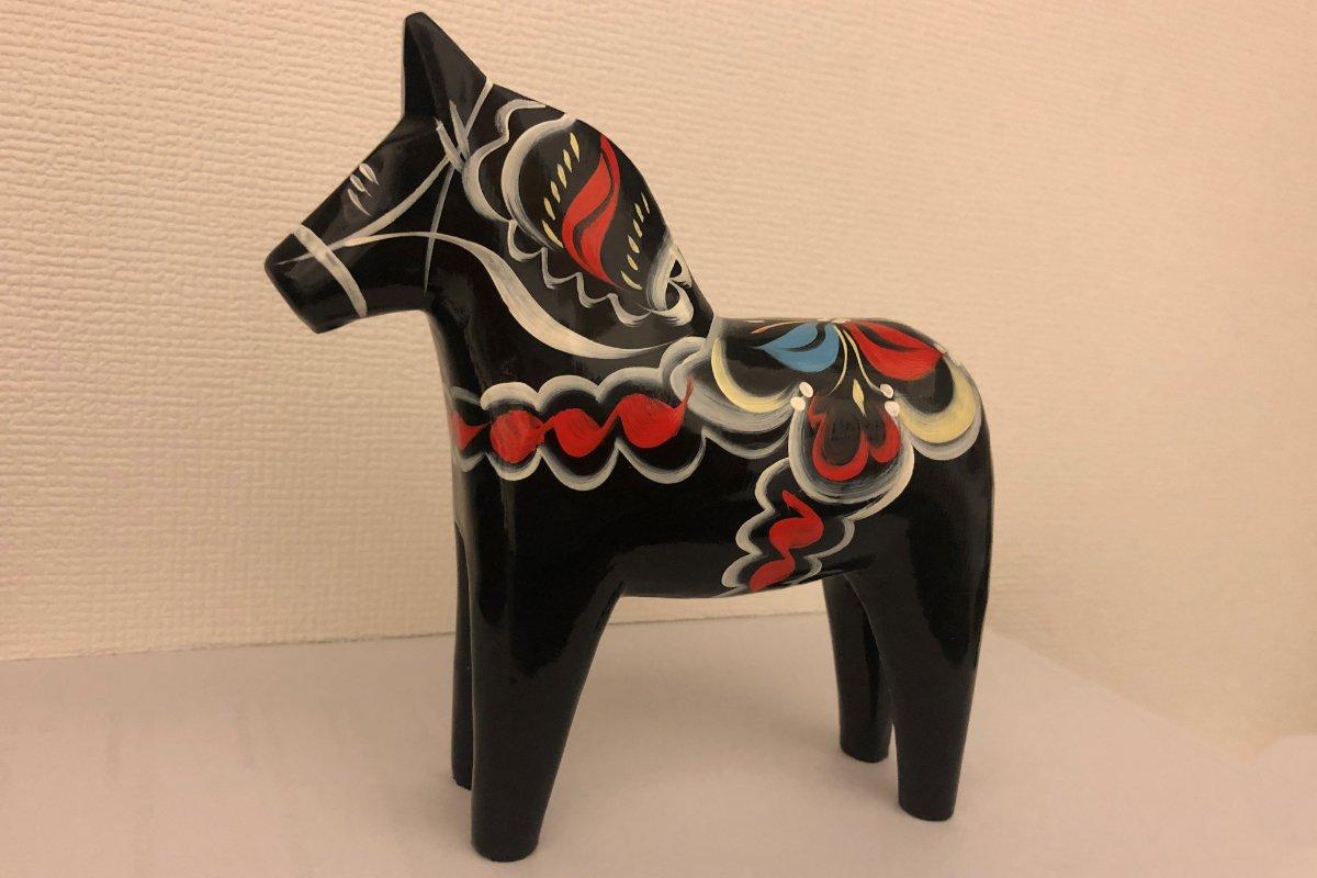 Unser neues, schwarzes Dala-Pferdchen