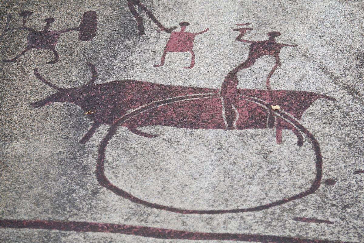 Steinzeitliche Felszeichnungen