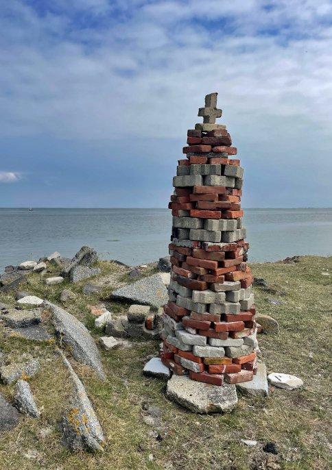 Leuchtturm aus alten Ziegelsteinen