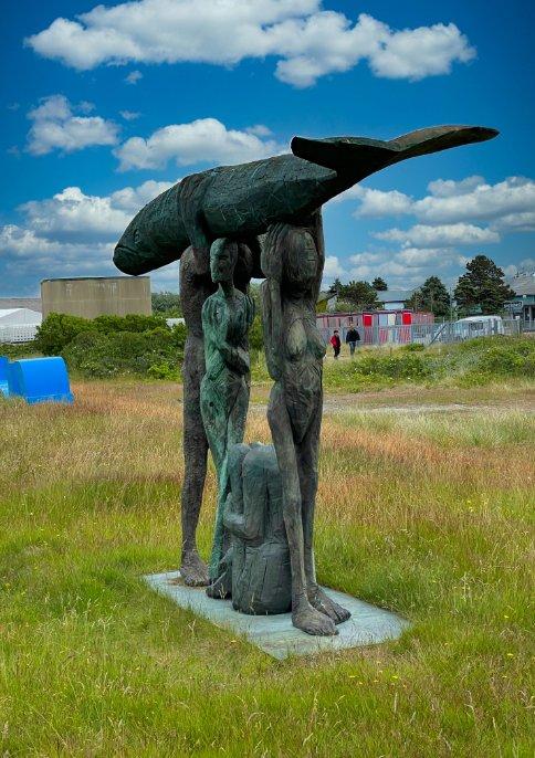 """Statue """"Fischträger"""" in Rantum"""