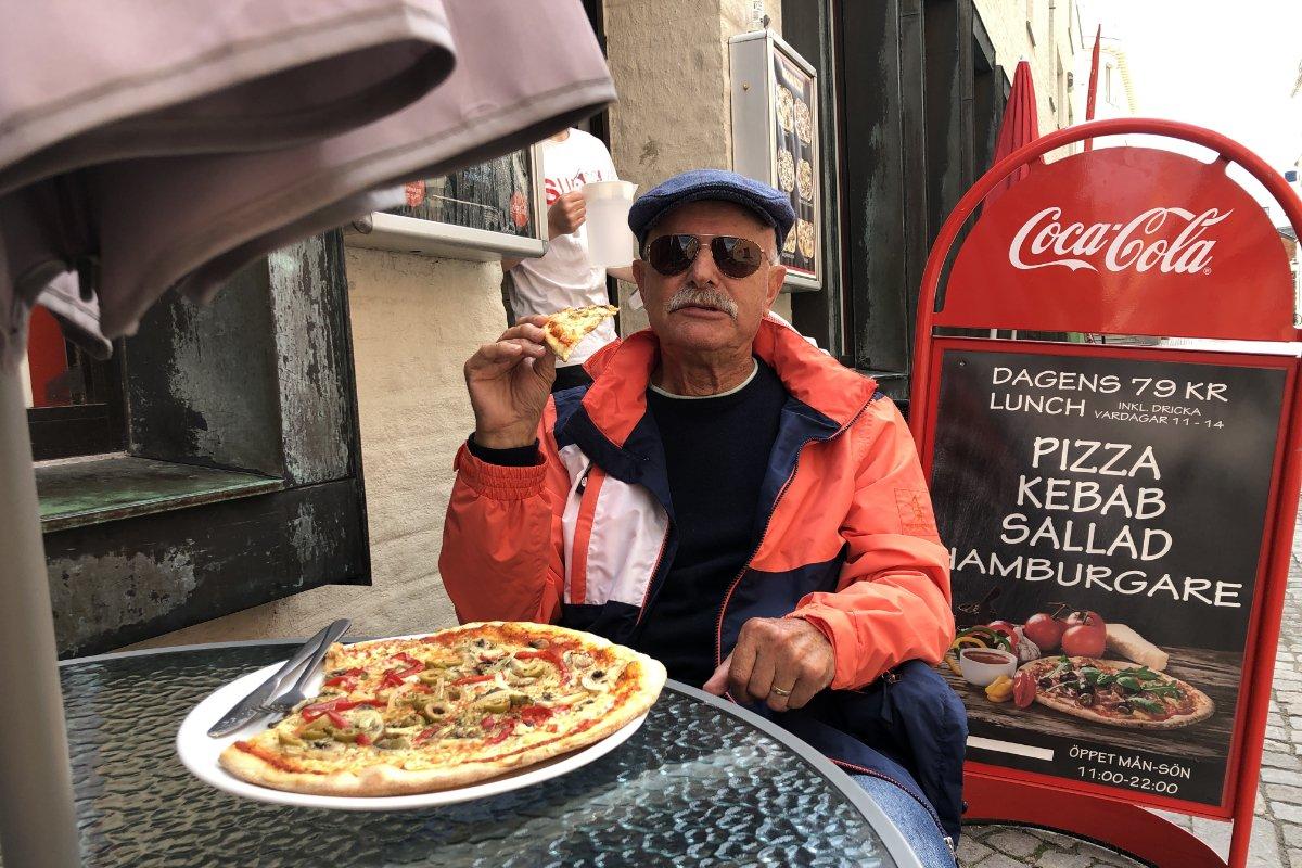 Pizzaessen in Ystad